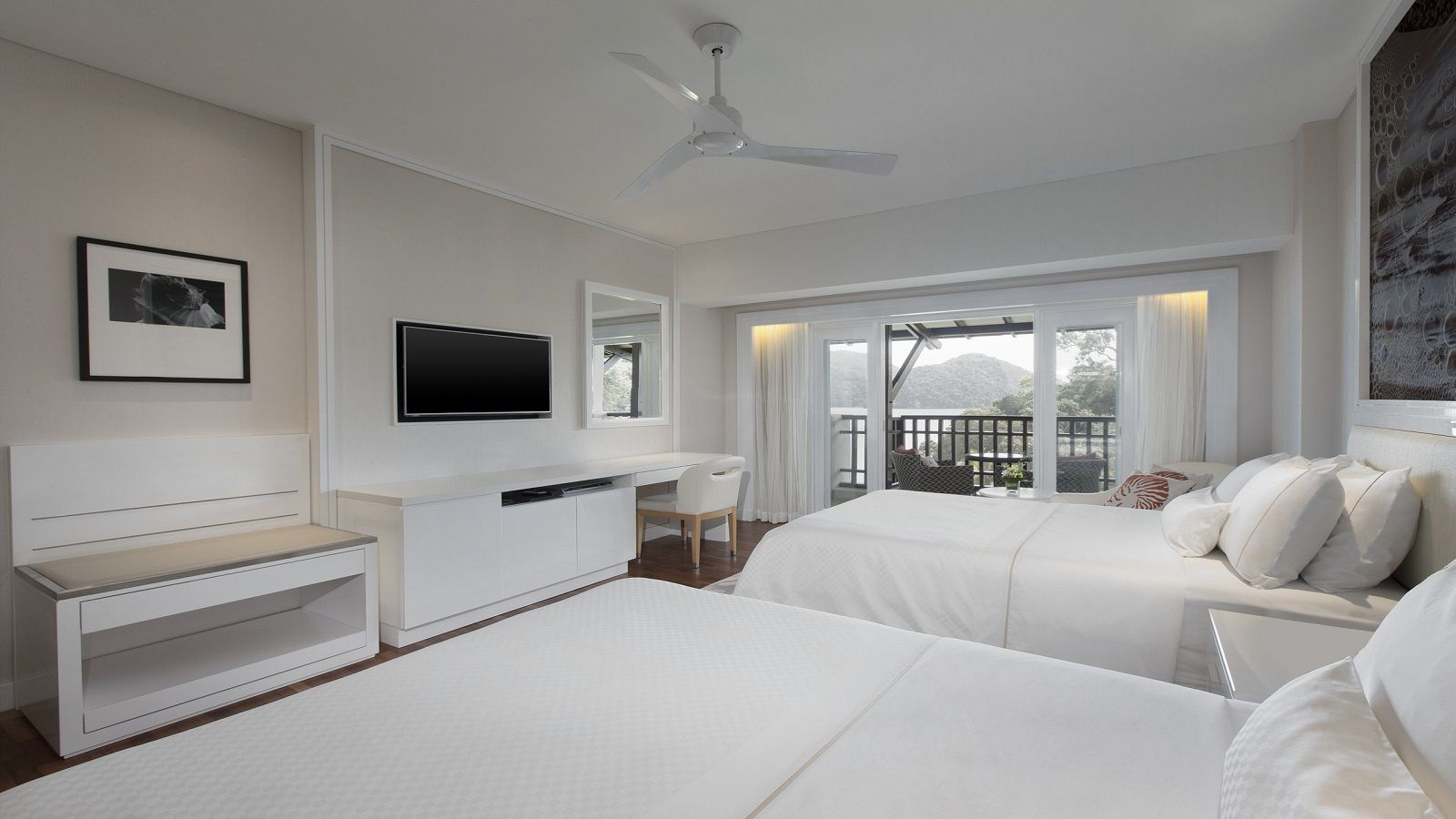 Premium Partial Ocean View Room